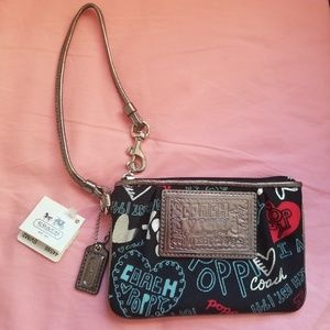BRAND NEW RARE Coach Poppy Wristlet SV/Black Multi